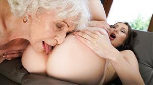 oldyounglesbianlove-18-06-11-norma-and-linda-love-ageless-love.jpg