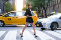 Olivia-Culpo-%E2%80%93-Leggy-Candids-in-New-York-36px89upmk.jpg