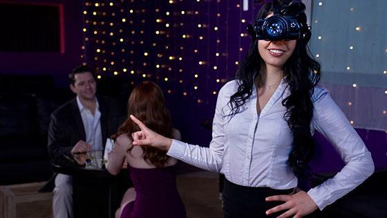 BrazzersExxtra – Ella Hughes, Gina Valentina – Going In Blind