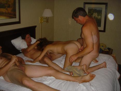 Couples swinger vacation and daughter