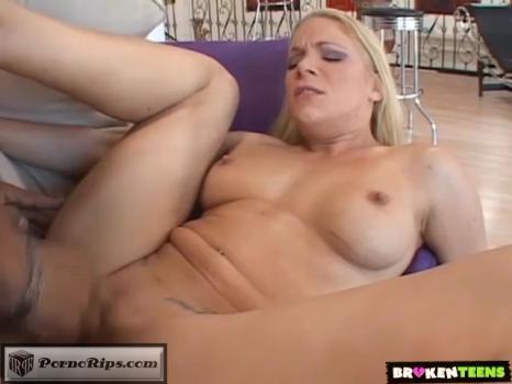 heidi_mayne_justin_long_-_shaking_a_big_butt_for_a_hot_fuck_00_25_24_00019.jpg