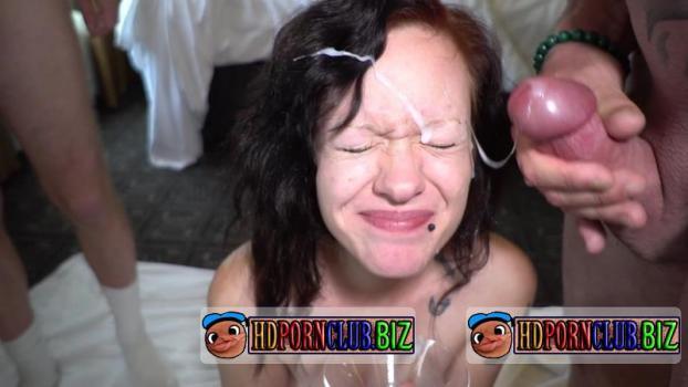 TexasBukkake.com/ManyVids.com – Elaine – 3rd. Gangbang And Bukkake [FullHD 1080p]