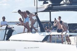Kourtney Kardashian - Bikini candids in Italy 6/29/18