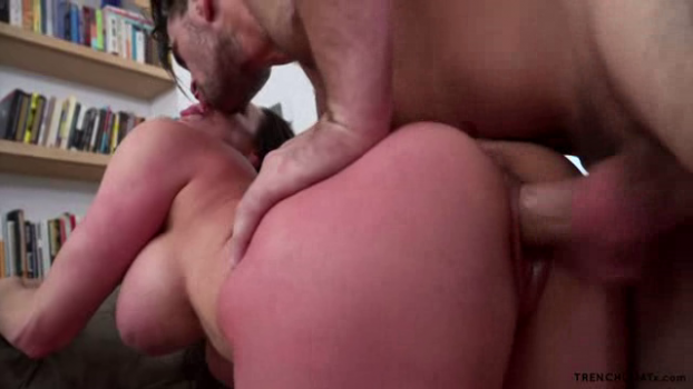 trenchcoatx-17-03-02-kendra-lust-the-one-i-lust.png