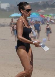 Sarah Jessica Parker - In A Swimsuit Getting Some Reading In At The Beach (7/1/18)