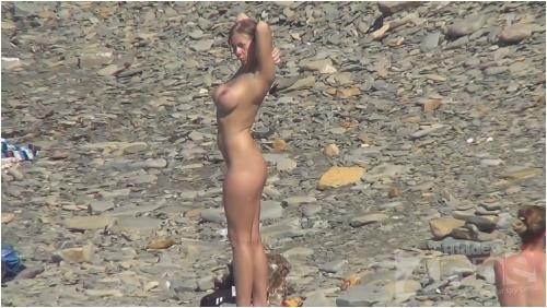 Voyeur video from nude beach