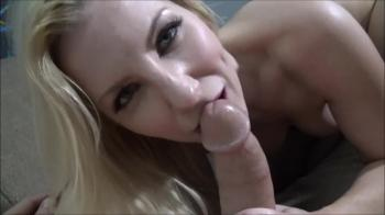 Lucky Guy Gets Blowjob