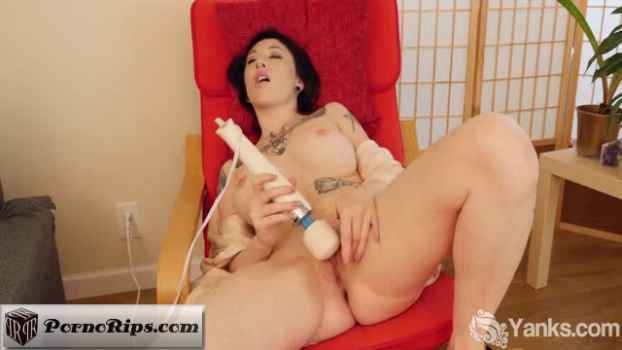 yanks-18-06-05-selina-haze-is-multi-orgasmic.png