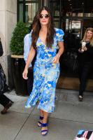 sandra-bullock-leaving-her-hotel-in-nyc-6518-1.jpg